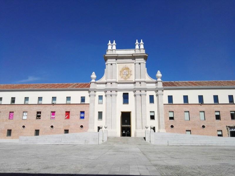 Maquetas y Modelos Históricos - Patio y edificio principal del Cuartel del Conde Duque.