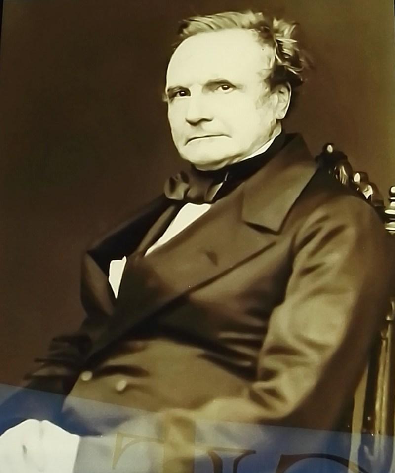 Exposición Ada Lovelace - Charles Babbage, inventor y uno de los padres de la informática, mantuvo una continua amistad con Ada.