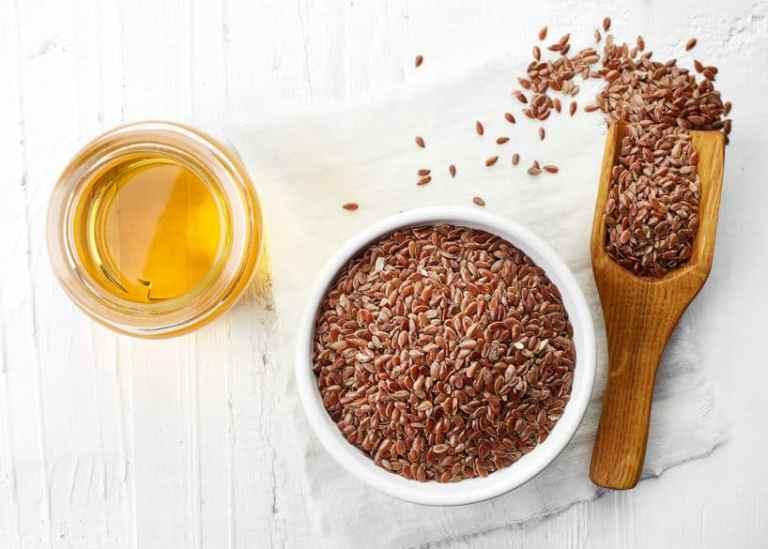 Semillas de lino y aceite