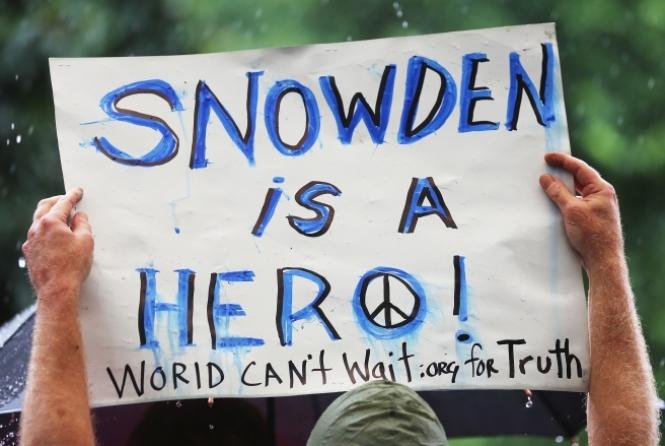 protestos-a-favor-de-snowden