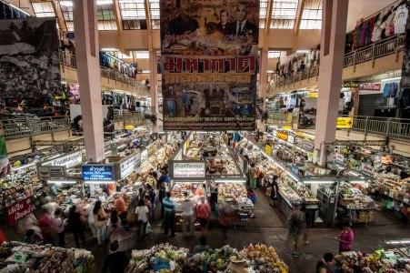 Chiang mai warorot mercados templos
