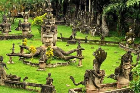 buda park guia en tailandia Laos español tours