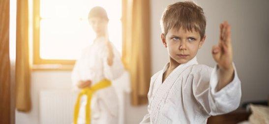 Artes marciales para niños con problemas de concentración