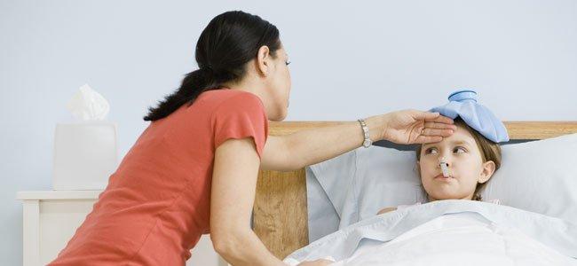 Resultado de imagen para imagenes madre hijo enfermo