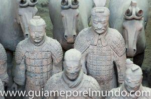 guerreros terracota