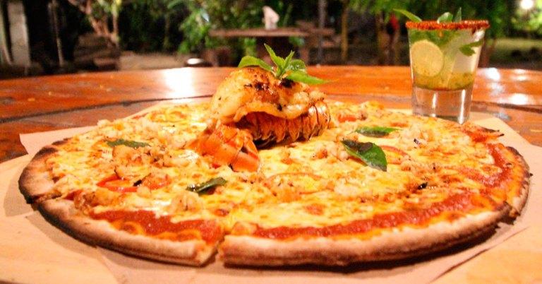 Pizza de lagosta em Holbox