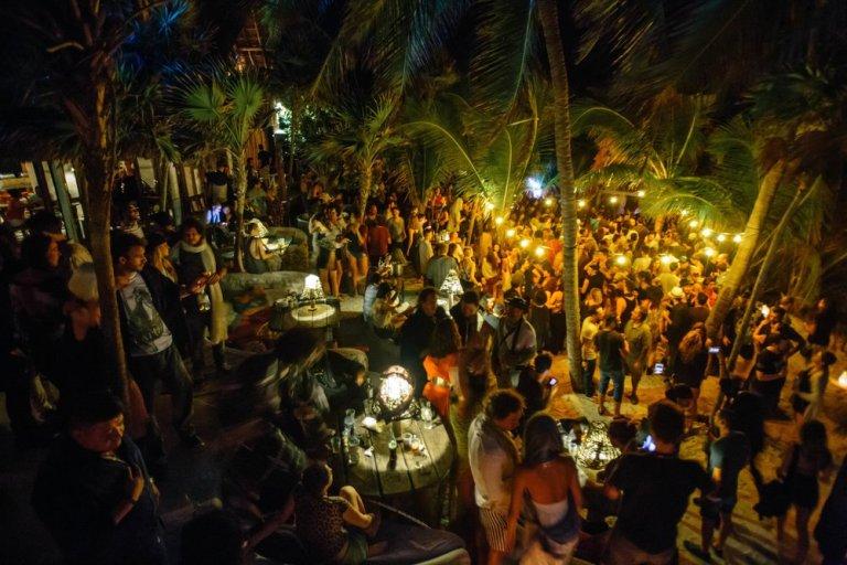 festa da lua cheia Papaya Playa