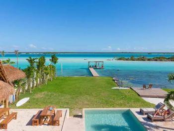 Casa Bakal: Hotel e hostel na melhor parte da Lagoa de Bacalar