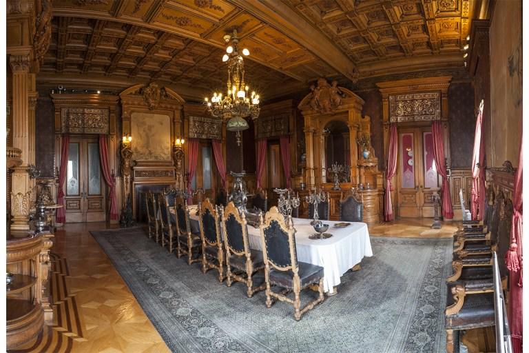 Sala Alcázar