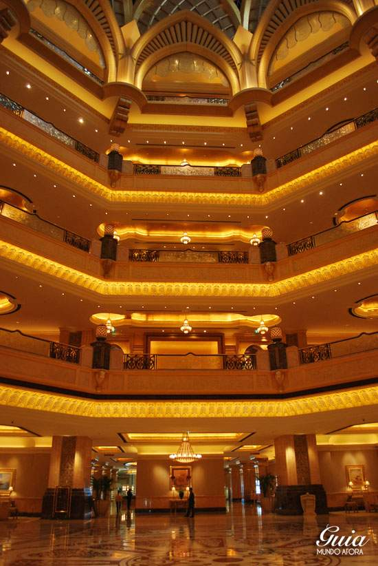 Interior do Emirates Palace