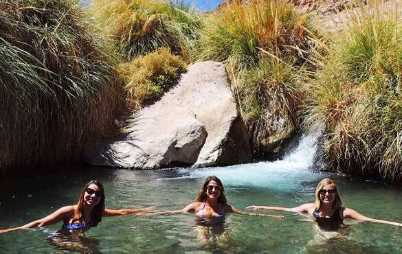 Termas de Puritama: banho de águas termais no Atacama
