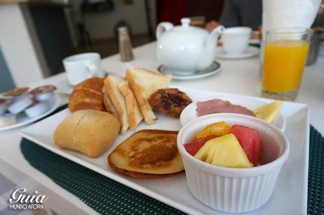 Full breakfast do hotel