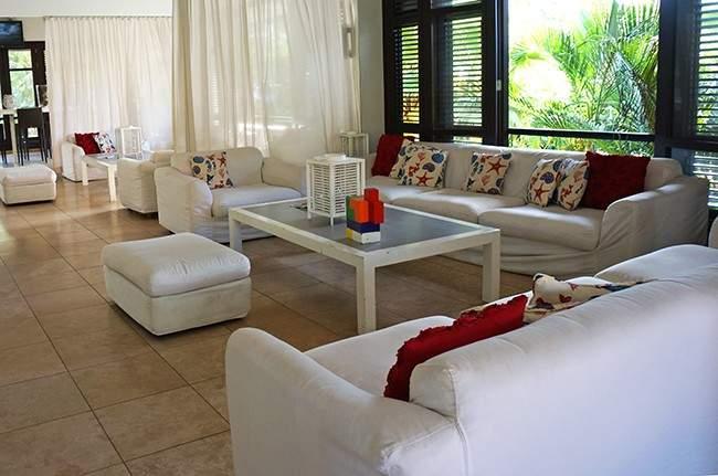 Floris Suite Lounge