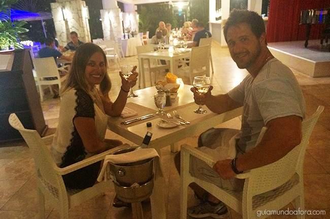 Jantar com vinho em Curaçao