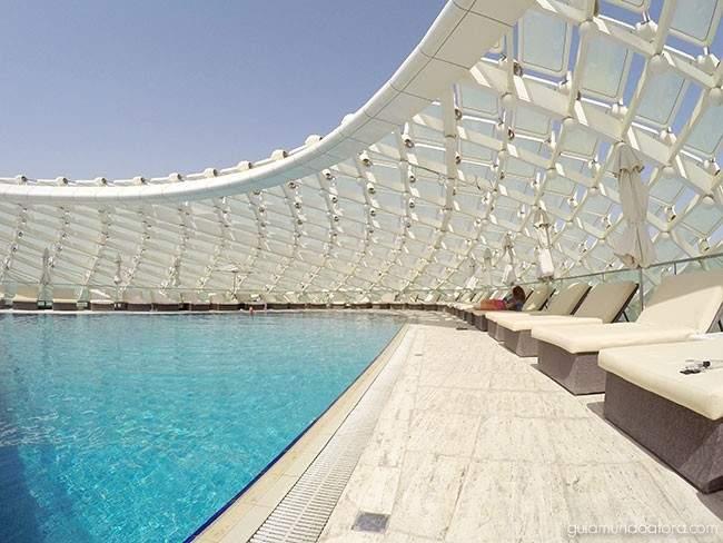 piscina-yas-viceroy