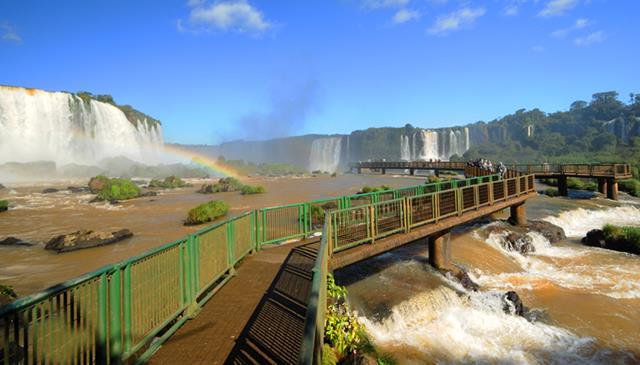 Pacote foz do Iguaçu - CVC de R$ 1.877,00 por R$ 768,00