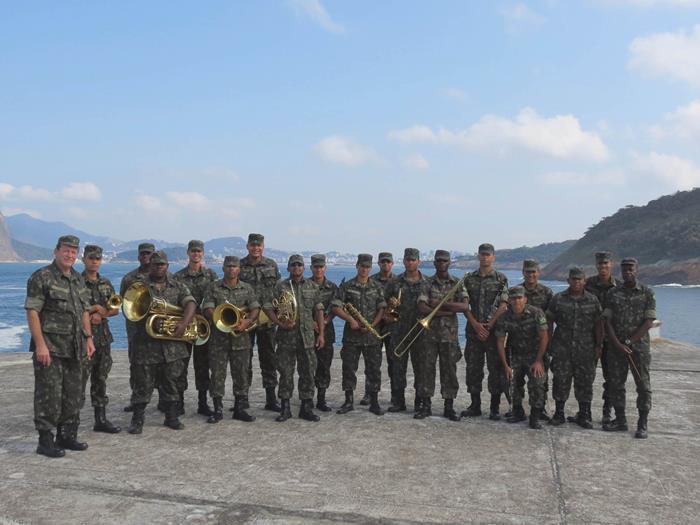 Banda do Exercito Fortaleza Santa Cruz. Patio Alcântara