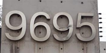 Variedad materiales letras volumétricas