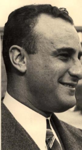 Cesare Augusto Benedetto Costantini. Papa' di Giovanna Ester. F.to http://digital-library.cdec.it/cdec-web/