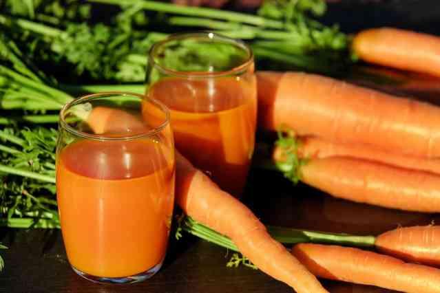 Concentrato di carota, un'ottima bevanda per l'estate