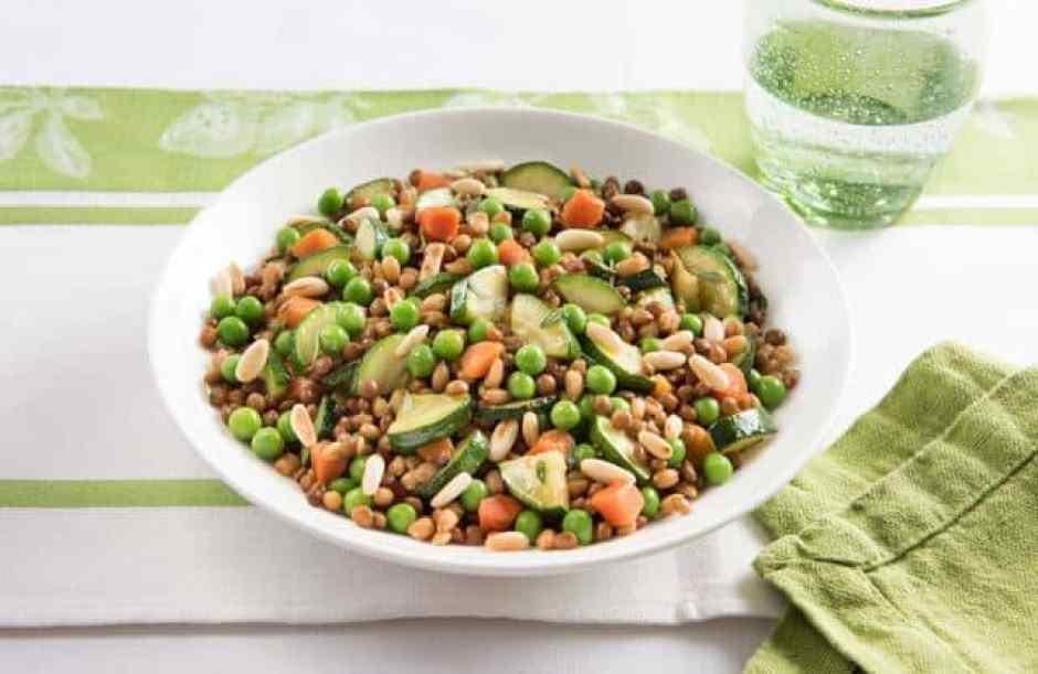 insalata lenticchie, farro e carote