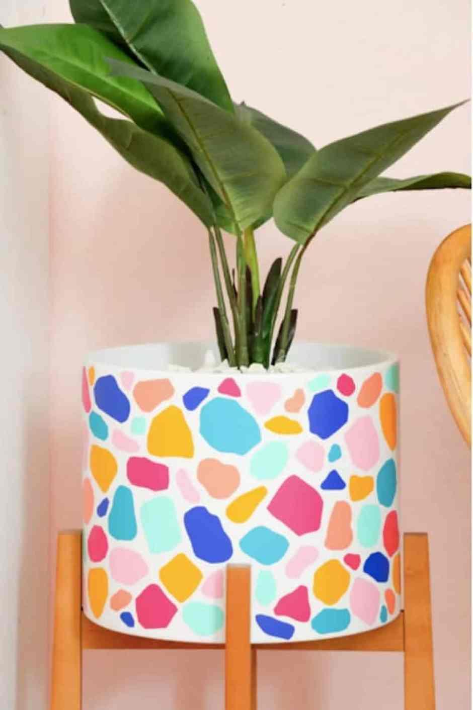 Vaso dipinto con gli stencil