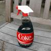 coca-cola utilizzata per pulire e disincrostare