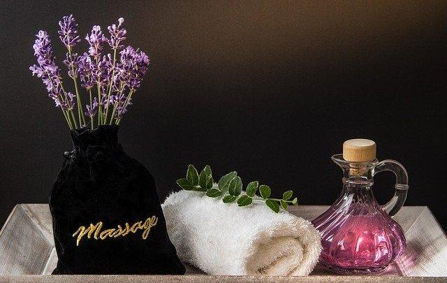Comment faire un massage amincissant pour le ventre?