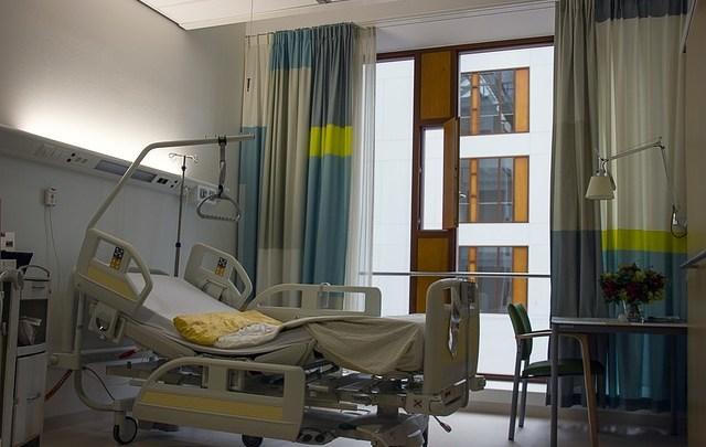 Acheter ou louer un lit médicalisé: quelle option est la plus avantageuse?