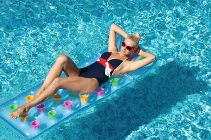 piscine amphore a chasteaux