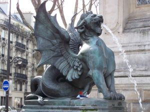 dragon_statue_paris