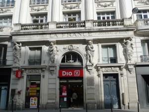 facade sculptée r montmartre