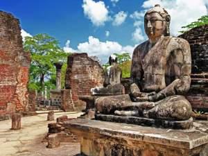 guide touristique à Polonnaruwa