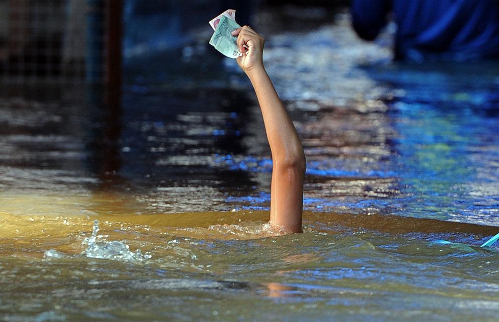 L'économie de la Thailande fortement touchée par les inondations