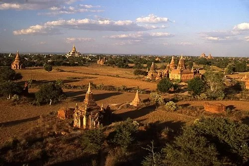 guide thailande birmanie plaine bagan