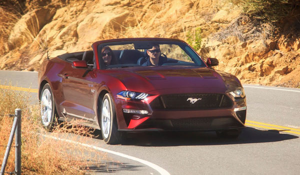 Ford Mustang 5.0 GT Premium Convertible front 2018