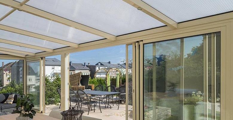 Veranda En Polycarbonate Ideal Pour Le Vitrage Et La Couverture De Toiture