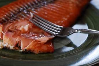 How To Eat Smoked Salmon