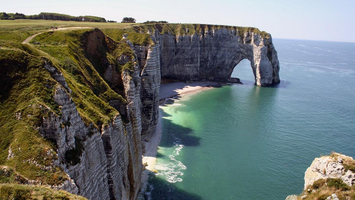 Les falaises d'Etretat en Normandie