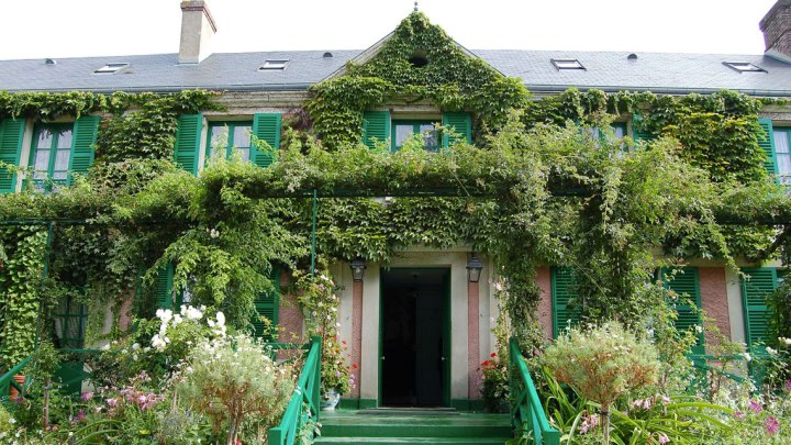 Maison-de-Monet-Giverny-By-Sherry-Main