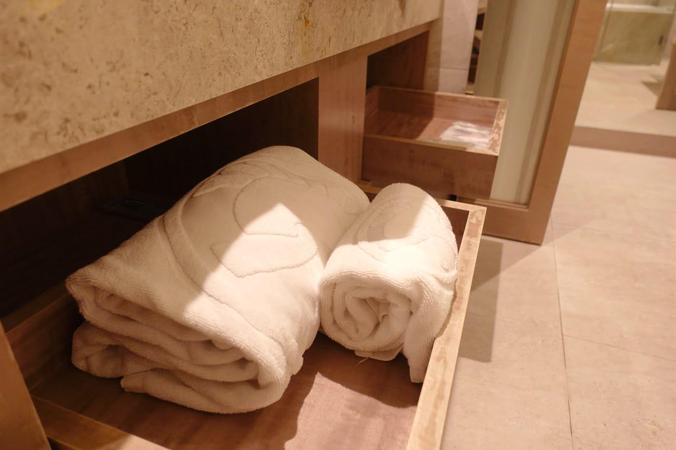 板橋凱撒豪華房型 浴巾