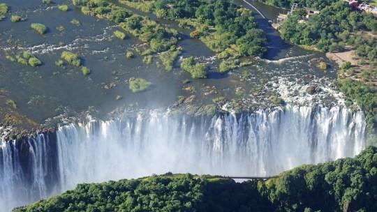 Partir en Afrique : pas toujours pour faire du safari