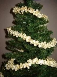 16 Decorative Ways To Make Popcorn Garland Guide Patterns