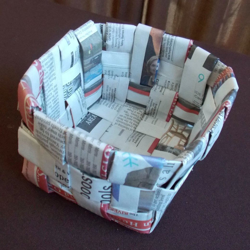36 Tutorials for Weaving a Basket out of Newspaper | Guide Patterns