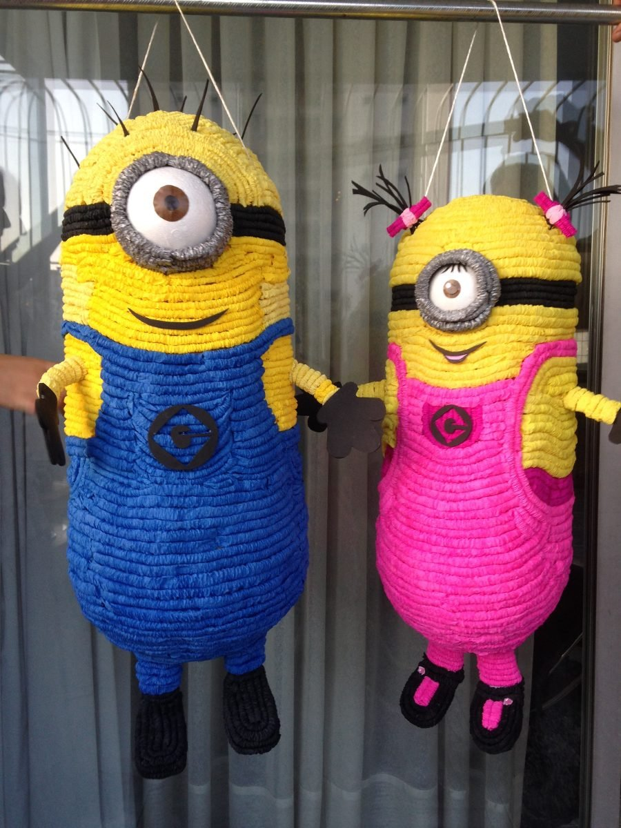 9 Cool DIYs To Make A Minion Pinata Guide Patterns