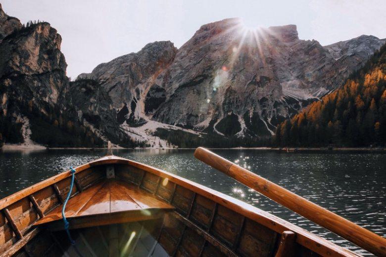 choosing-tone-of-voice-tov-boat