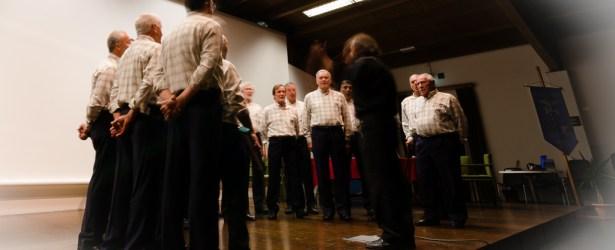 Il Coro Voci Alpine Mori, diretto dal maestro Quinto Canali, in occasione della riapertura della ferrata di Montalbano