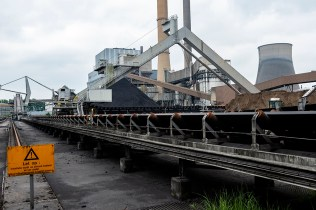 Reportage: Amer Centrale Power Plant: Transport of Coal
