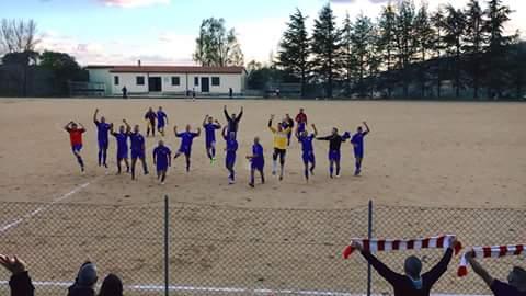 Calcio 2a Categoria girone G. Aidomaggiorese da sogno: 3 gol al Macomer e balza in testa