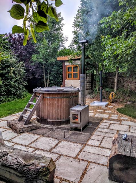 Hot tub at Guilden Gate Glamping site